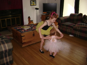 Dancing_with_baby_sister_aug_24_200